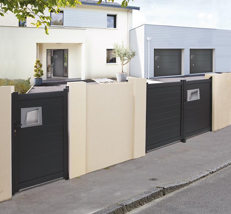 guerande clotures apr vrandas gurande portail coulissant fer pas cher avec portail coulissant. Black Bedroom Furniture Sets. Home Design Ideas